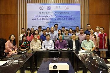 IOC/WESTPAC hỗ trợ Việt Nam tăng cường năng lực nghiên cứu về kỹ thuật sinh học phân tử và axit hóa đại dương